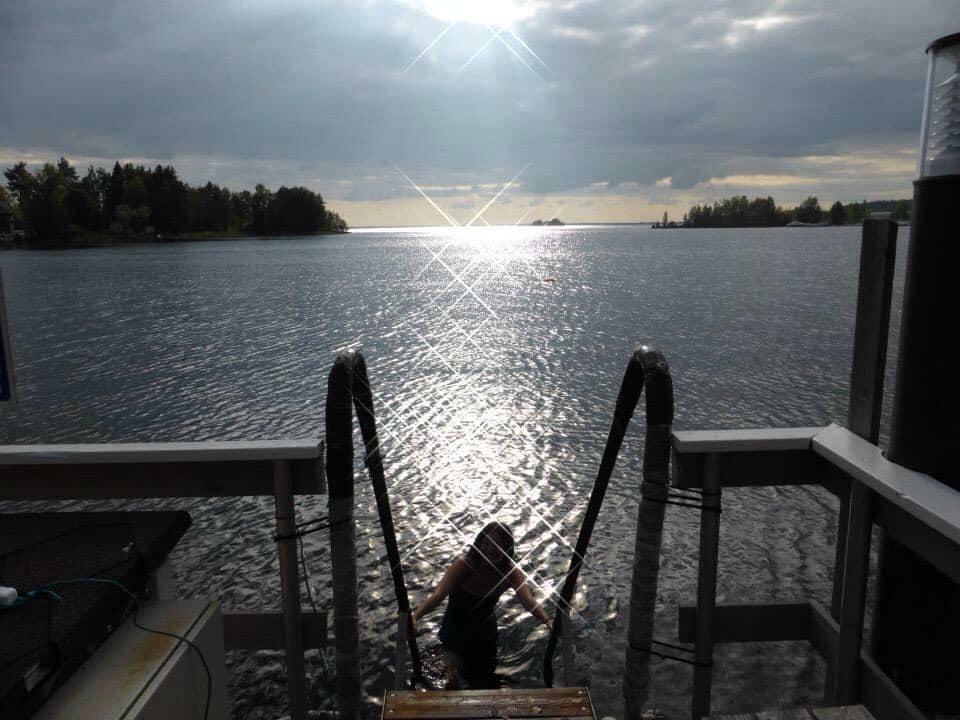 パブリック・サウナ 湖