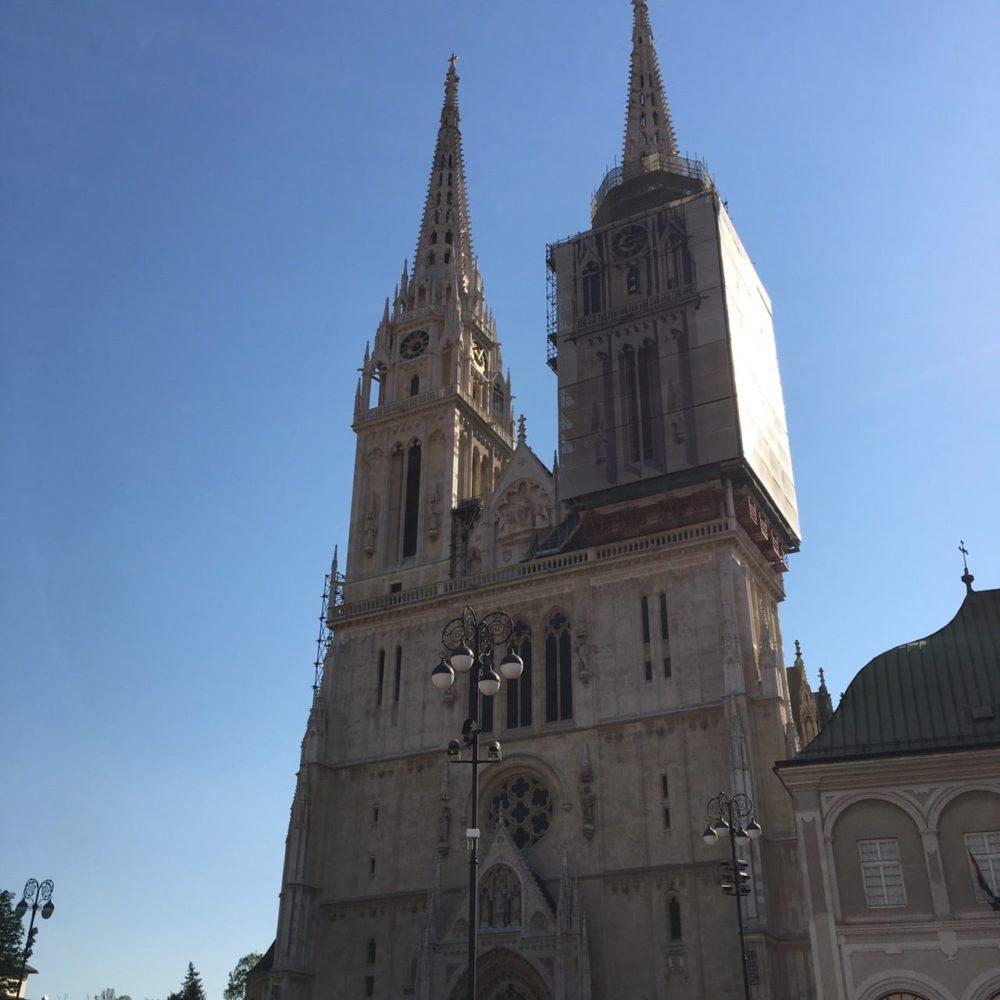 クロアチア ザグレブ 聖母被昇天大聖堂