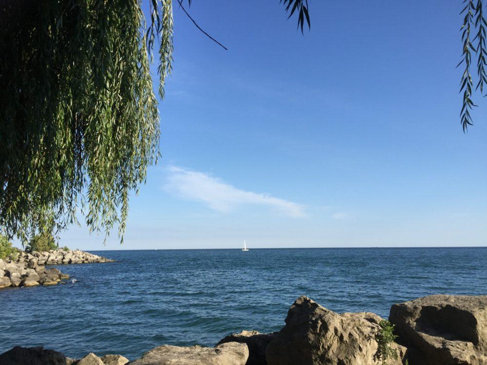 トロント ブラッファーズパークビーチ 海