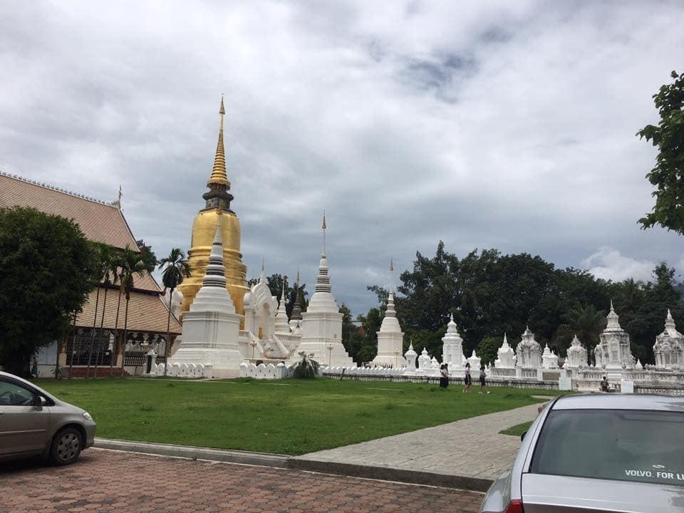 タイ チェンマイ ワットスアンドーク