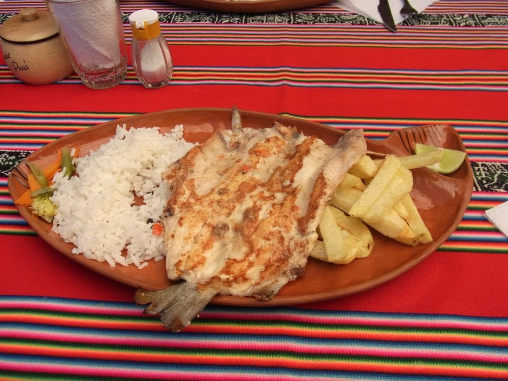 ペルー料理 チチカカ湖 トゥルーチャ