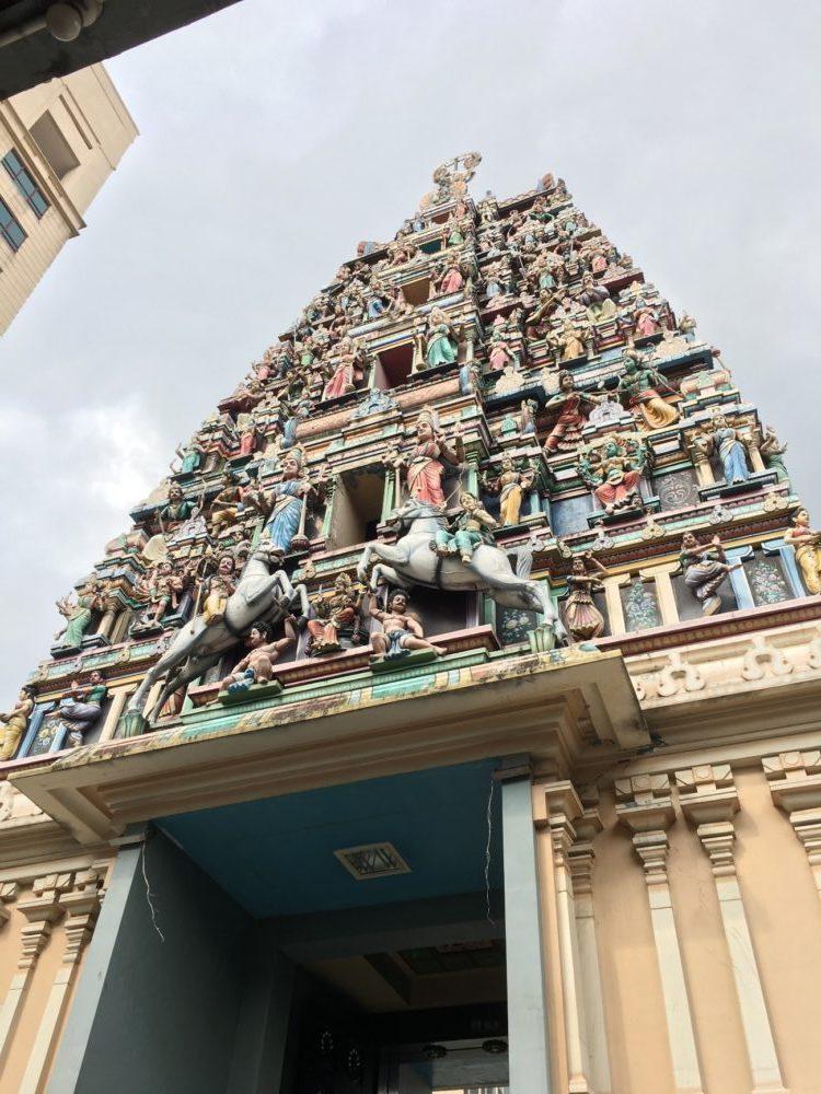 クアラルンプール 観光スポット スリ・マハ・マリアマン寺院