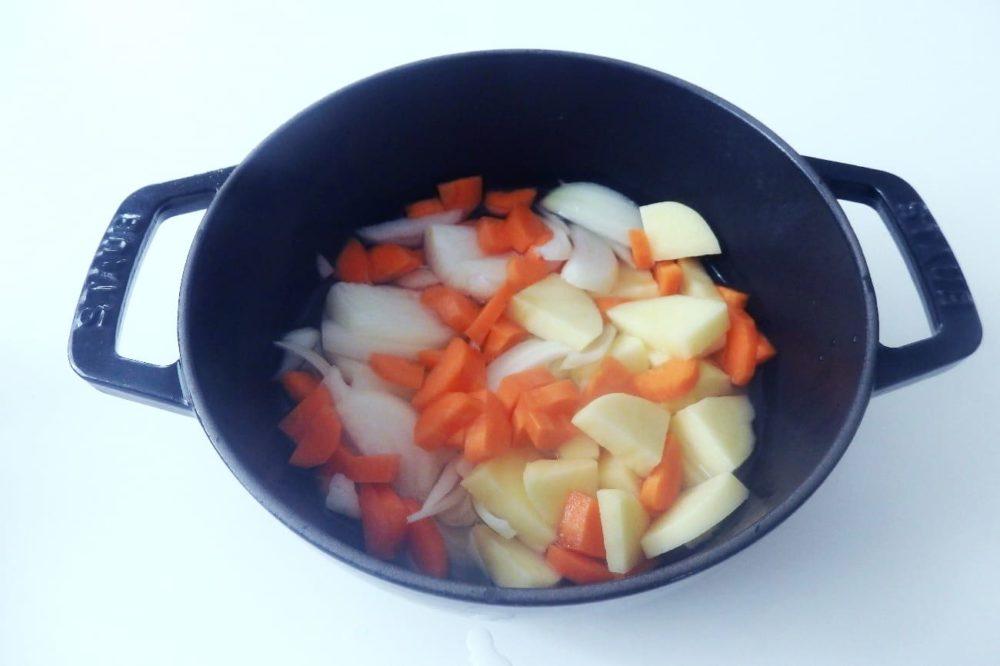 ビアエス 料理 野菜のポタージュ