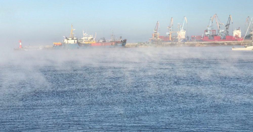 ロシア コルサコフ 漁船