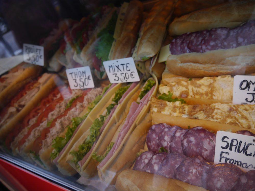 パリ サクレ・クール寺院 サンドイッチ