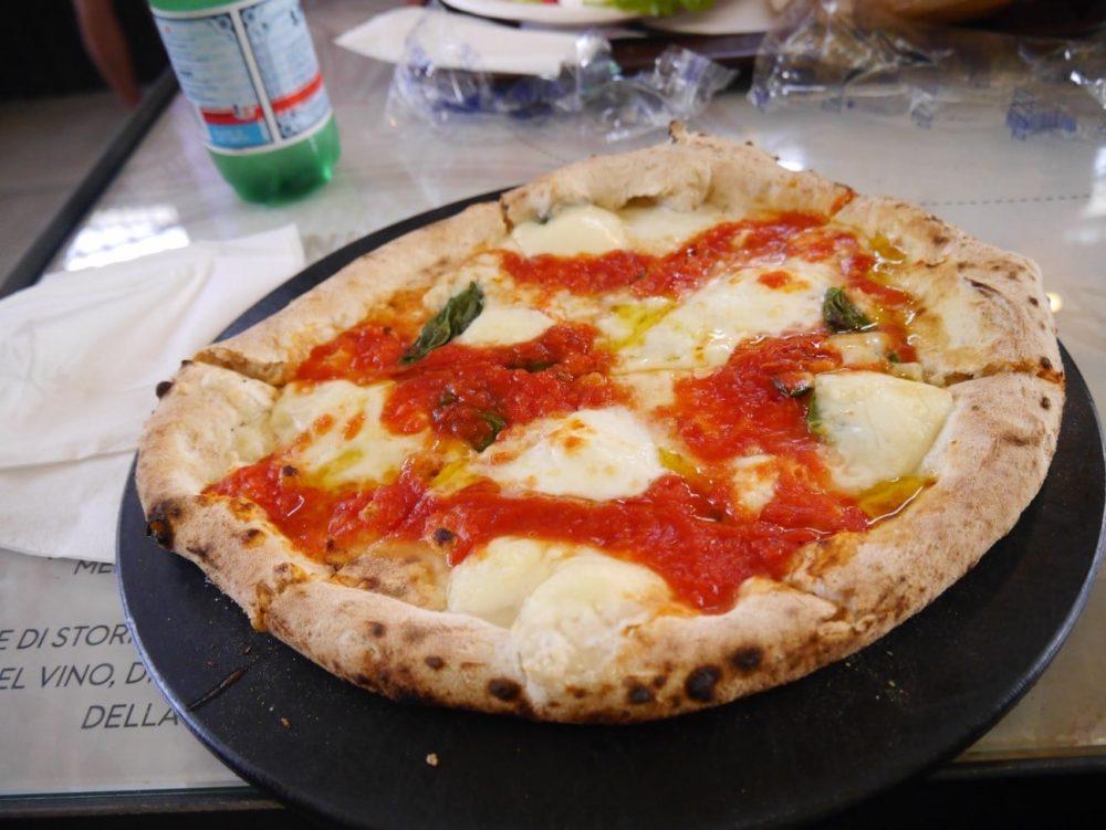 フィレンツェ 中央市場 ピザ
